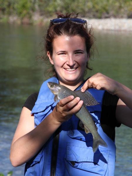 Merle mit Fisch