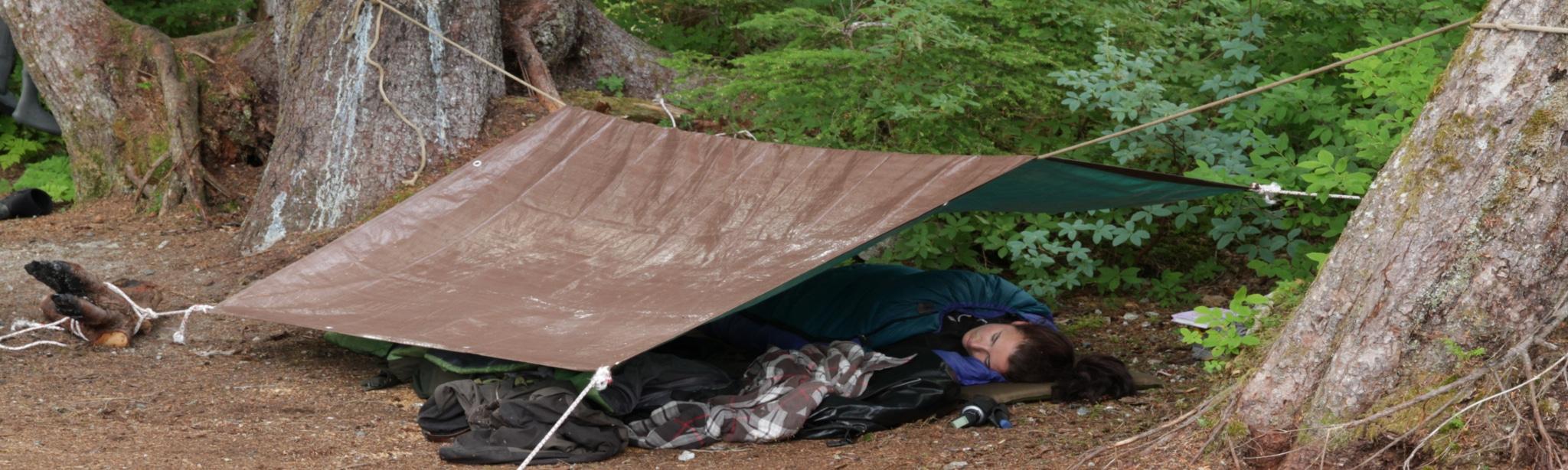 Raus in die Wildnis: draußen schlafen